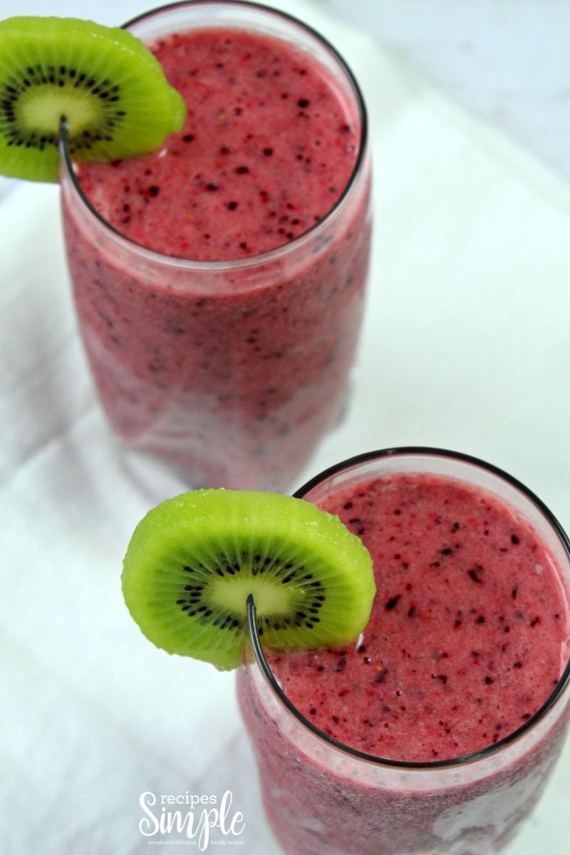 Berry Kiwi Smoothie