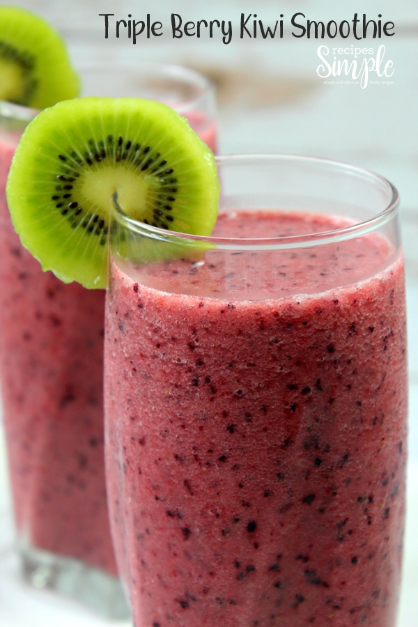 Start your morning with a delicious blend of Kiwi, Strawberries, Raspberries and blueberries for a refreshing treat for a busy day. #berrysmoothies #smoothierecipes #berrykiwismoothie