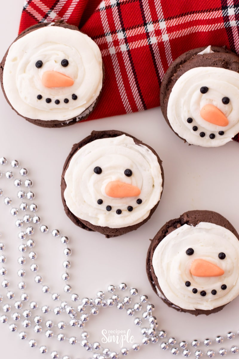 How To Make Snowman Christmas Whoopie Pies