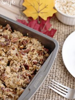 Oatmeal Cake with Pecan Frosting