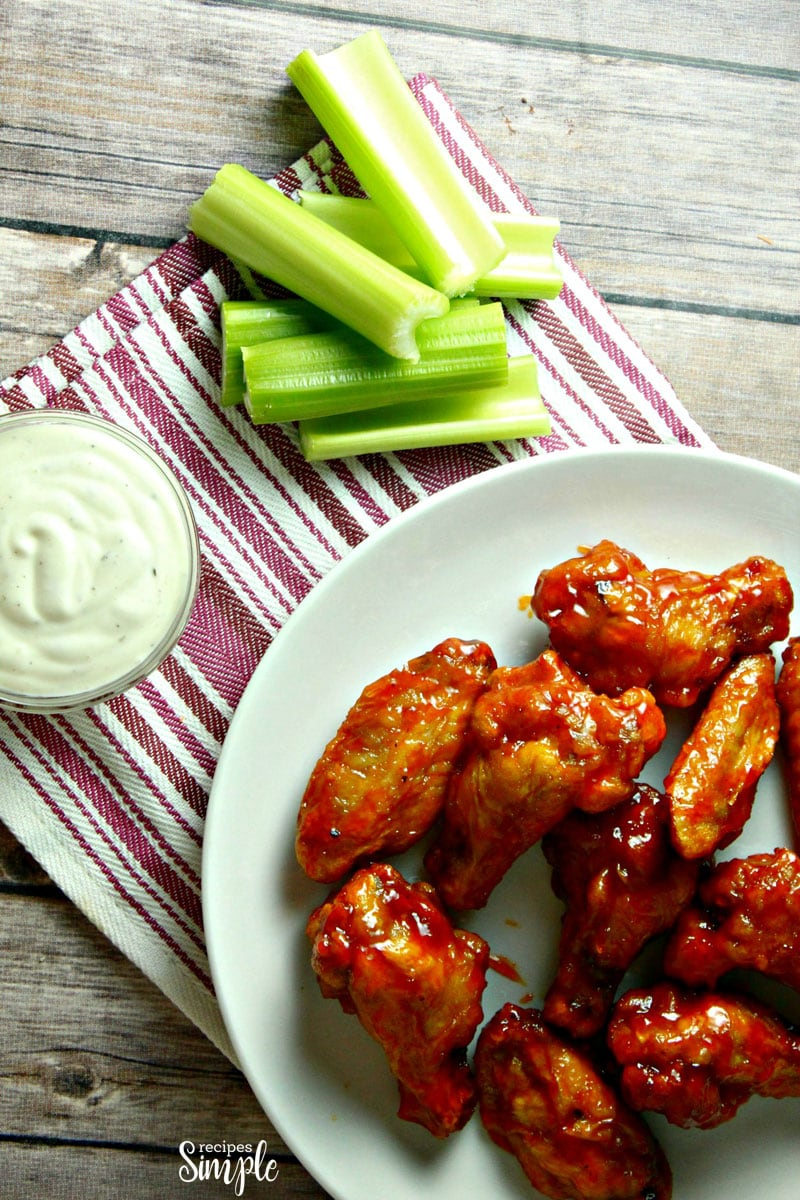 Easy Crispy Oven Baked Hot Wings