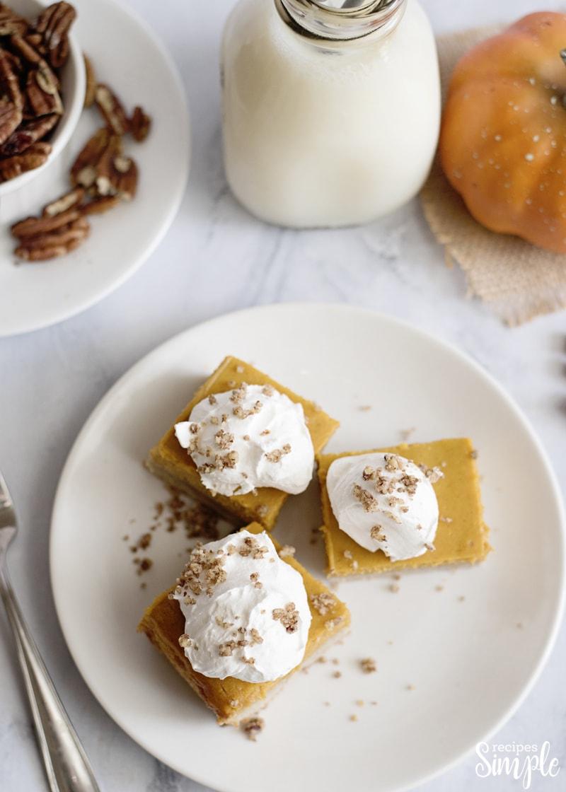 Easy Pumpkin Gooey Butter Bars