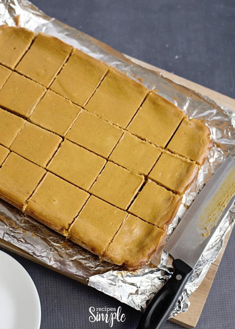 Pumpkin Gooey Butter Bars Pan