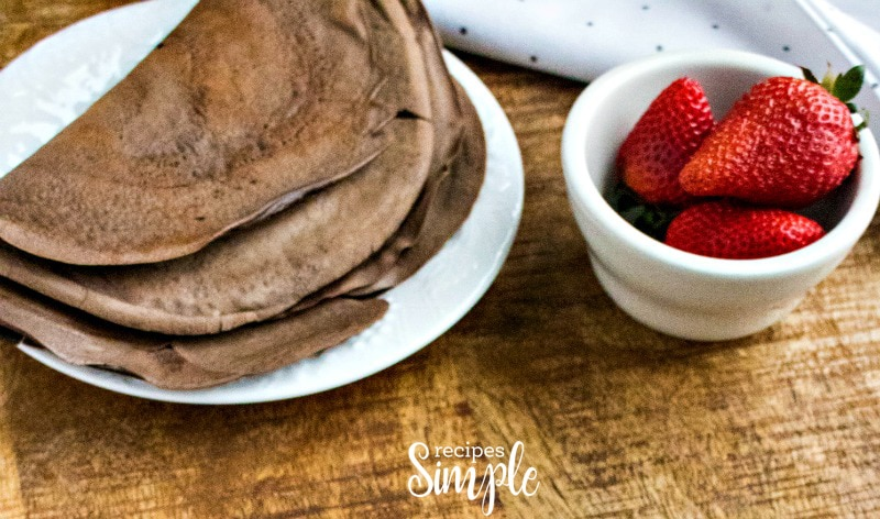 How To Make Chocolate Dessert Crepes