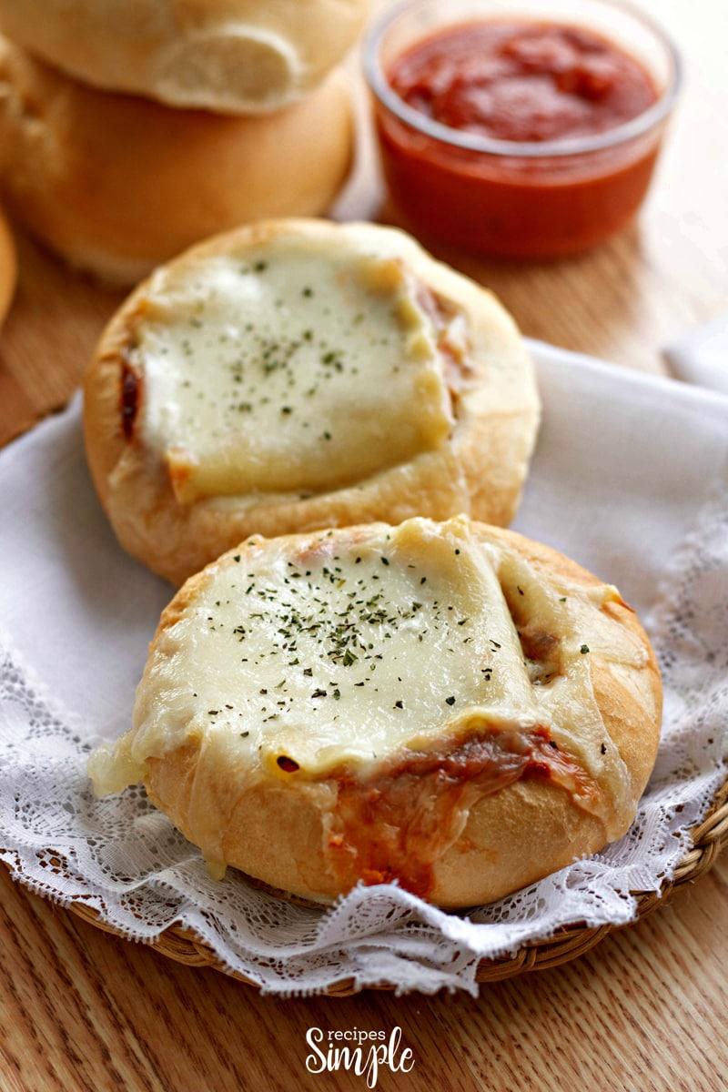 How To Make Lasagna Garlic Bread Bowls