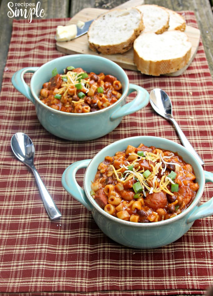 Spicy Slow Cooker Bean Pasta Soup