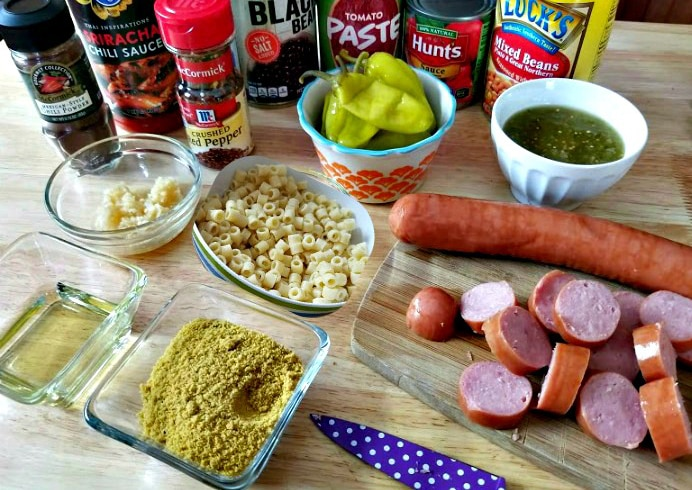 Spicy Slow Cooker Sausage Bean And Pasta Soup Ingredients