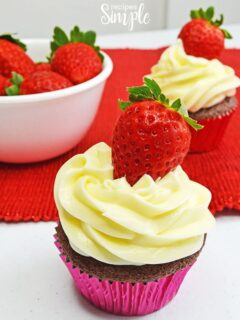 Chocolate Cupcakes With Cheesecake Frosting