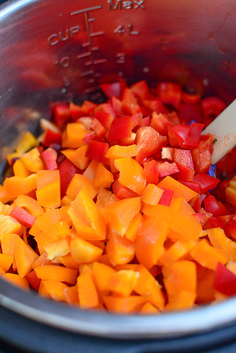 Bell Peppers and Diced Tomatoes Added to Instant Pot